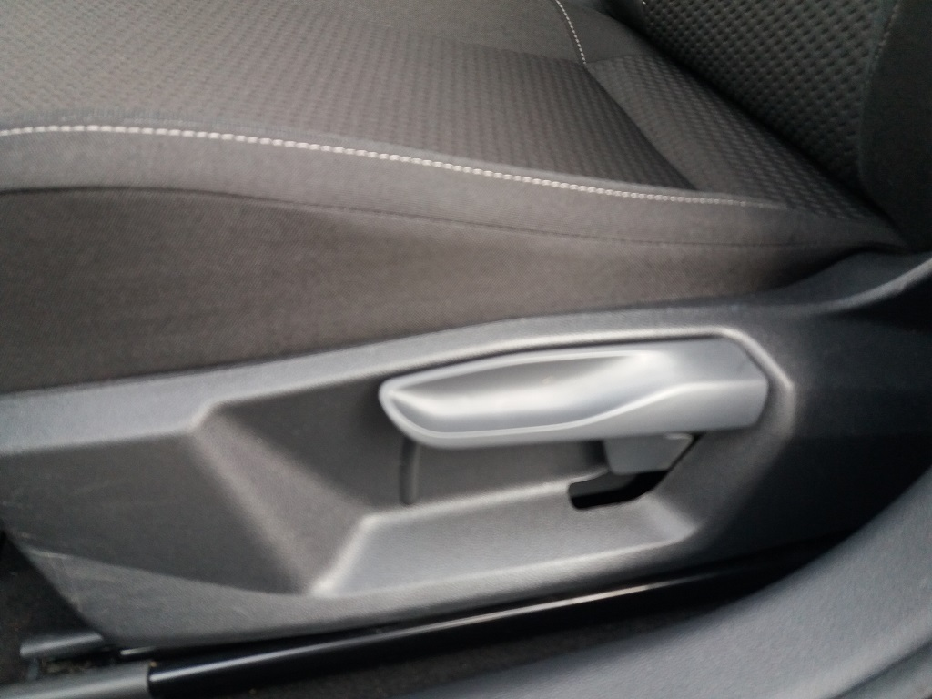 Volkswagen Polo 1.0 MPI 75 cv 5p Comfortline BlueMotion Technology (40)