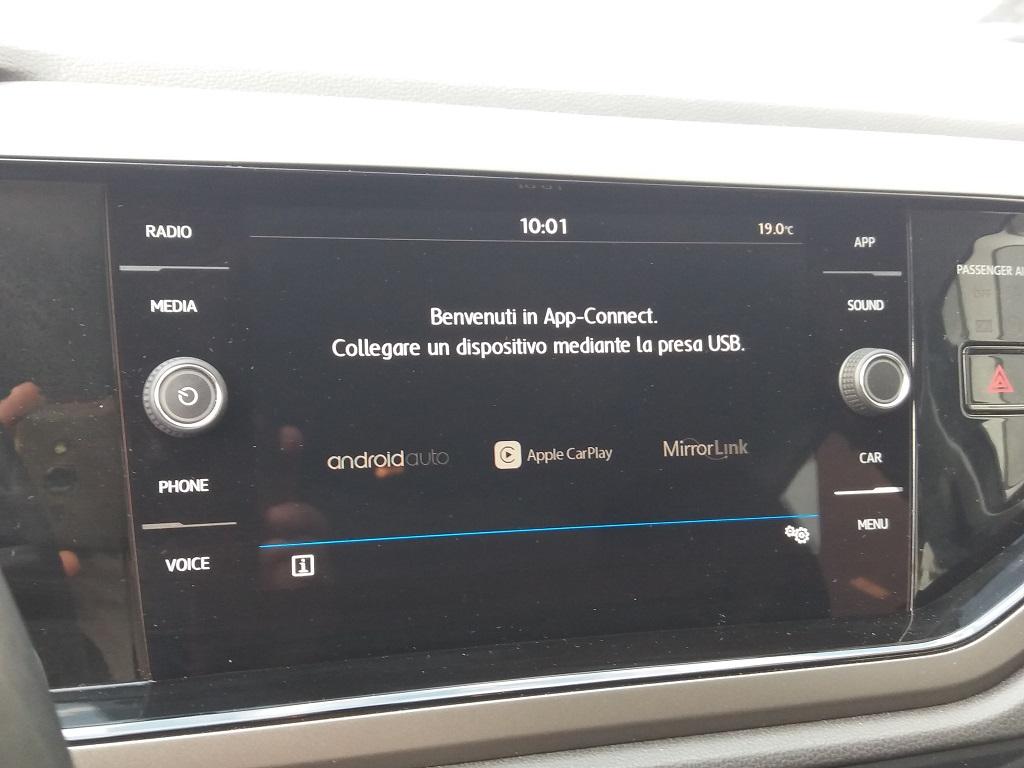 Volkswagen Polo 1.0 MPI 75 cv 5p Comfortline BlueMotion Technology (43)