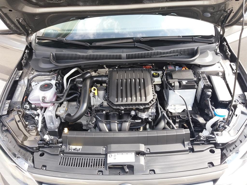 Volkswagen Polo 1.0 MPI 75 cv 5p Comfortline BlueMotion Technology (52)