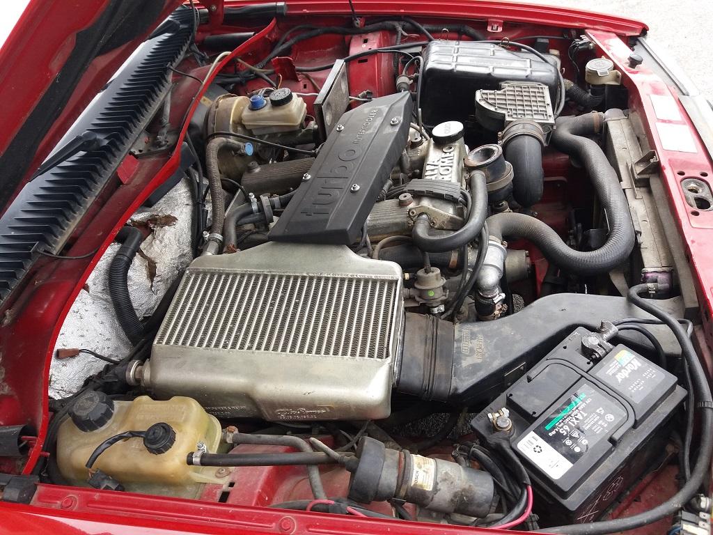 Alfa Romeo 75 1.8i Turbo (31)