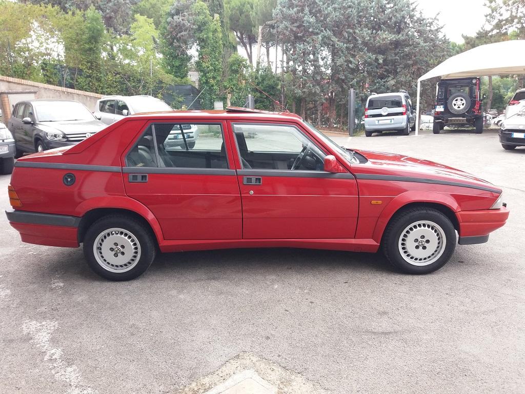 Alfa Romeo 75 1.8i Turbo (6)