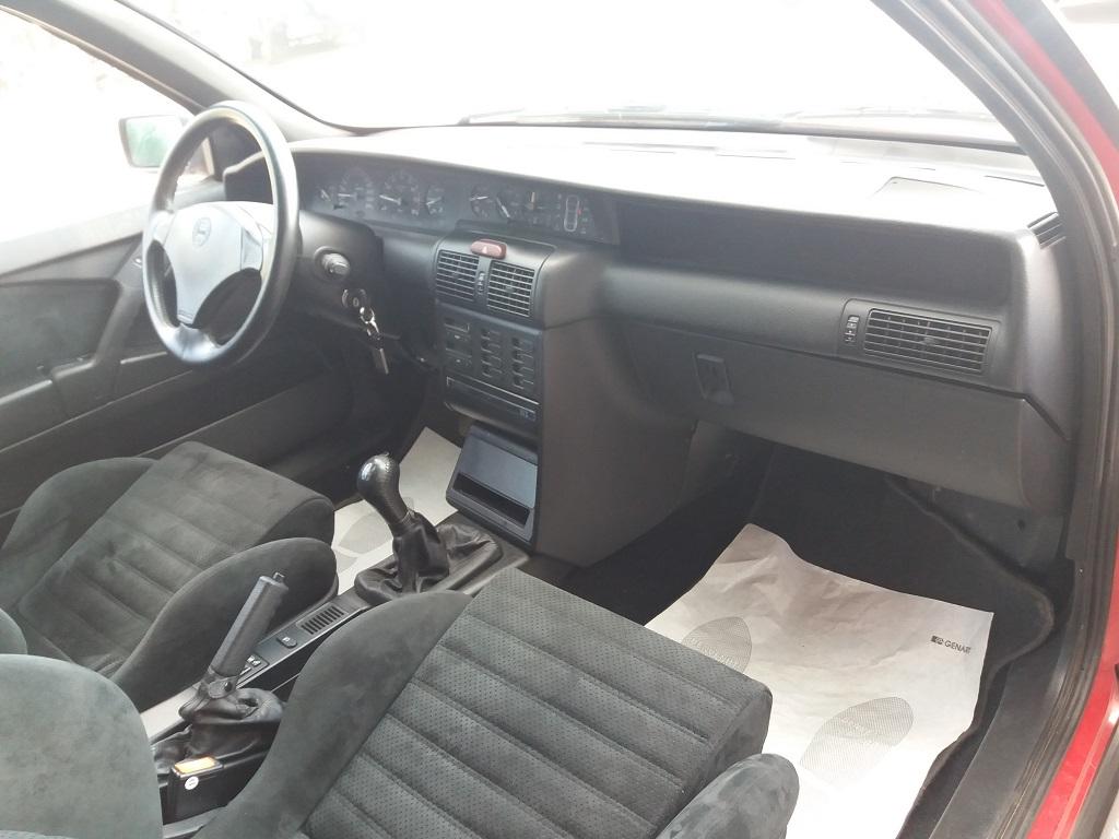 Lancia Delta HPE 2.0 i.e. Turbo 16v cat HF (18)