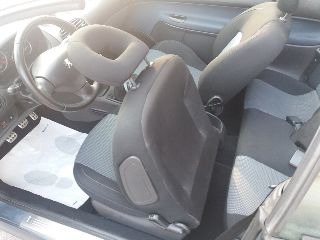 Peugeot 206 CC 1.6 16v (47)