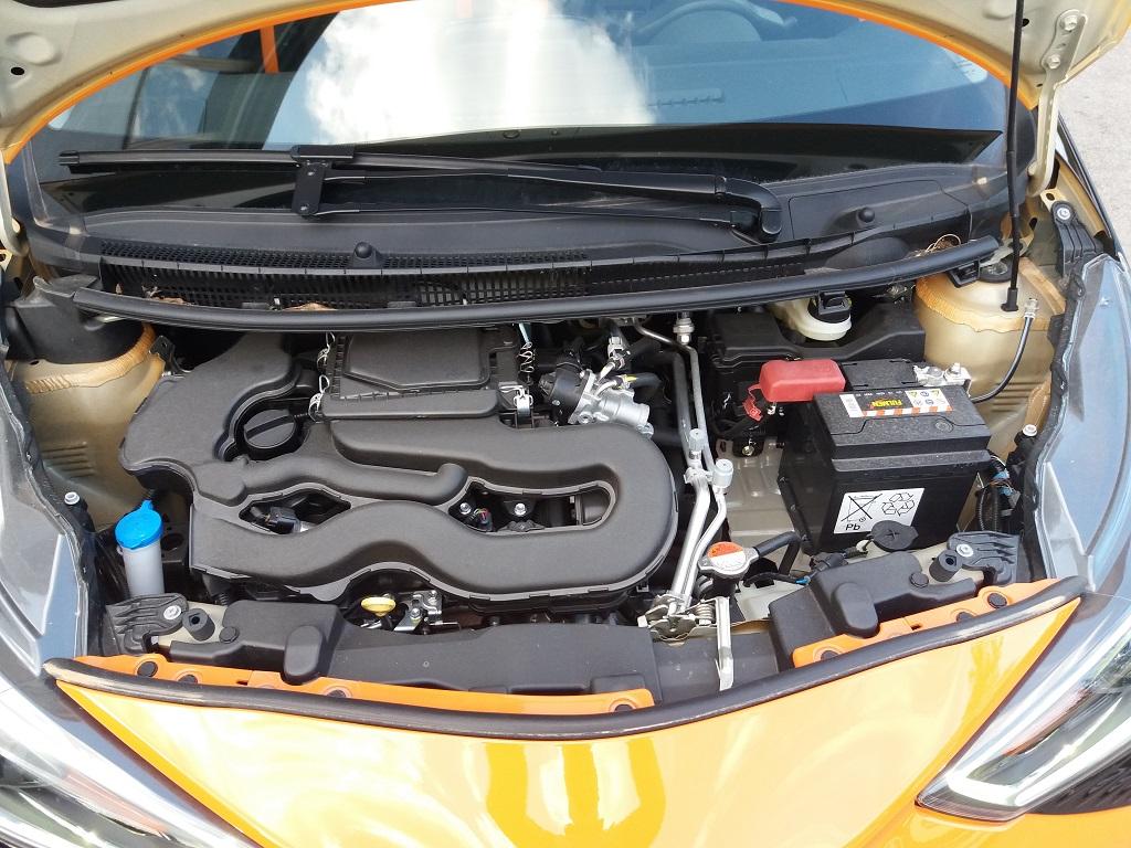 Toyota Aygo Connect 1.0 VVT-i 72 cv 5p X-Cite (39)