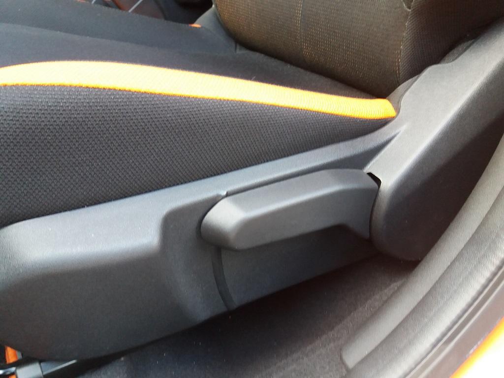 Toyota Aygo Connect 1.0 VVT-i 72 cv 5p X-Cite (43)