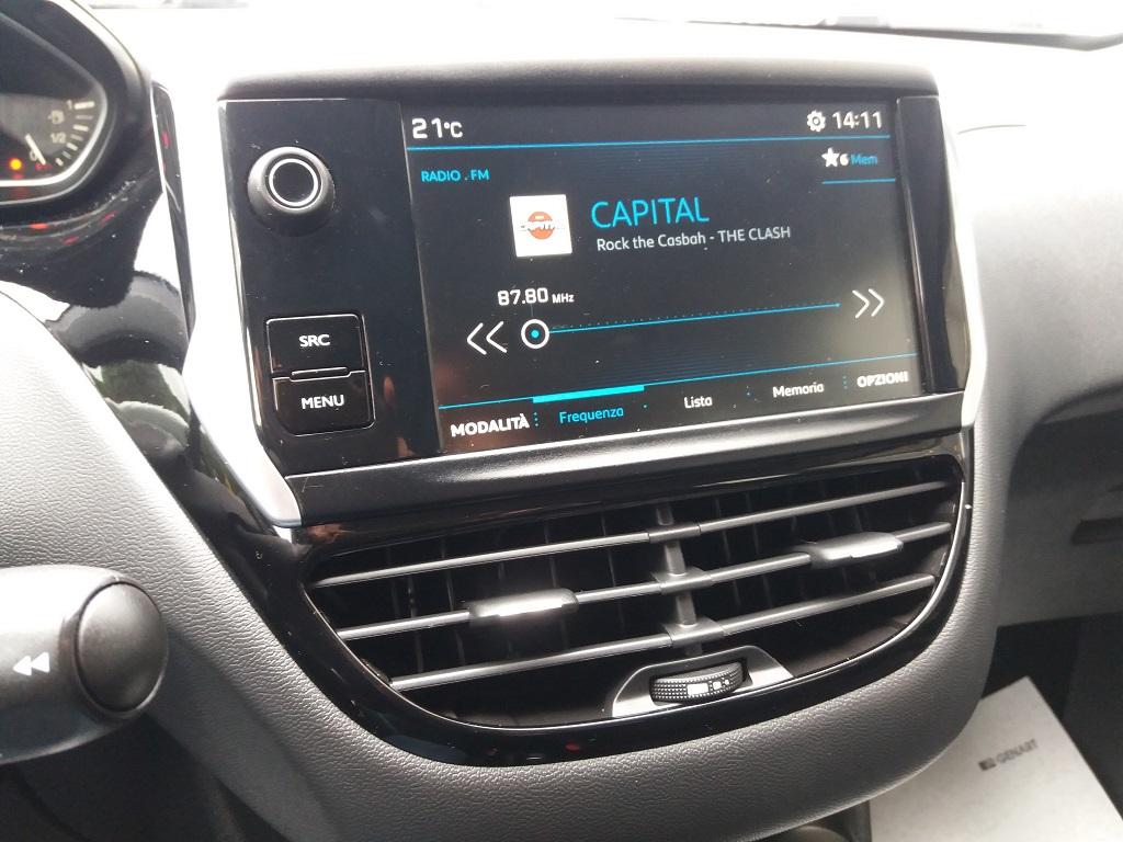 Peugeot 208 PureTech 82 5p Active (13)
