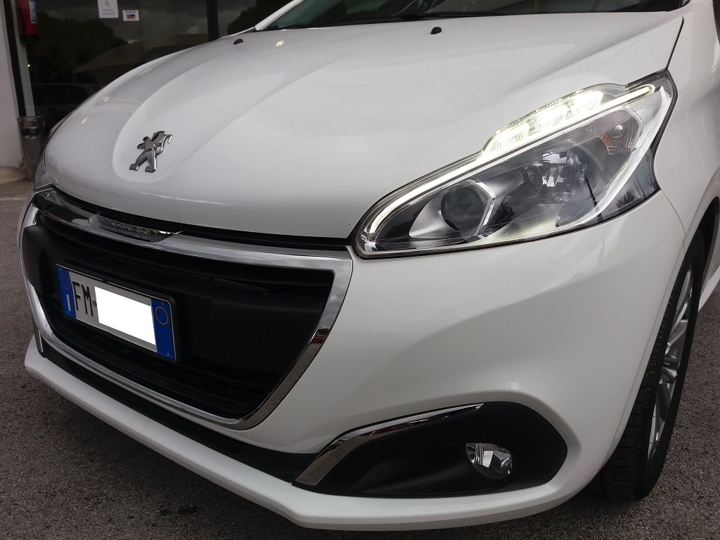 Peugeot 208 PureTech 82 5p Active (33)