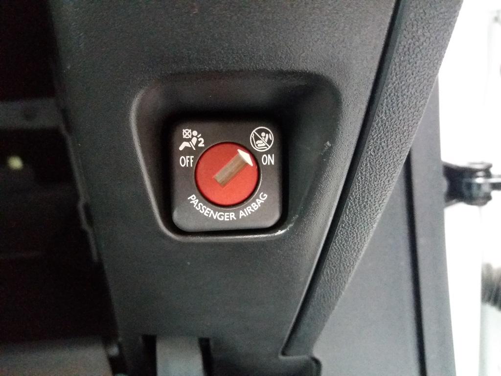 Peugeot 208 PureTech 82 5p Active (38)