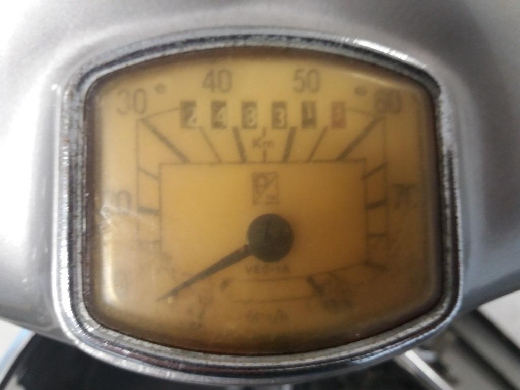 Piaggio Vespa GS 150 (VS3T) (13)