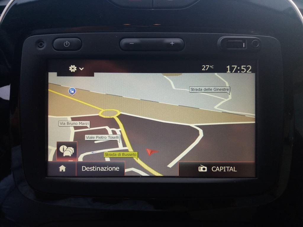 Renault Captur dCi 8v 90 cv S&S ZEN Energy (11)