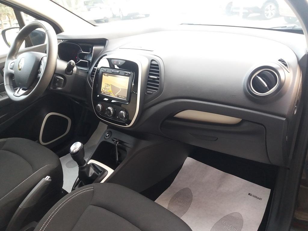Renault Captur dCi 8v 90 cv S&S ZEN Energy (26)