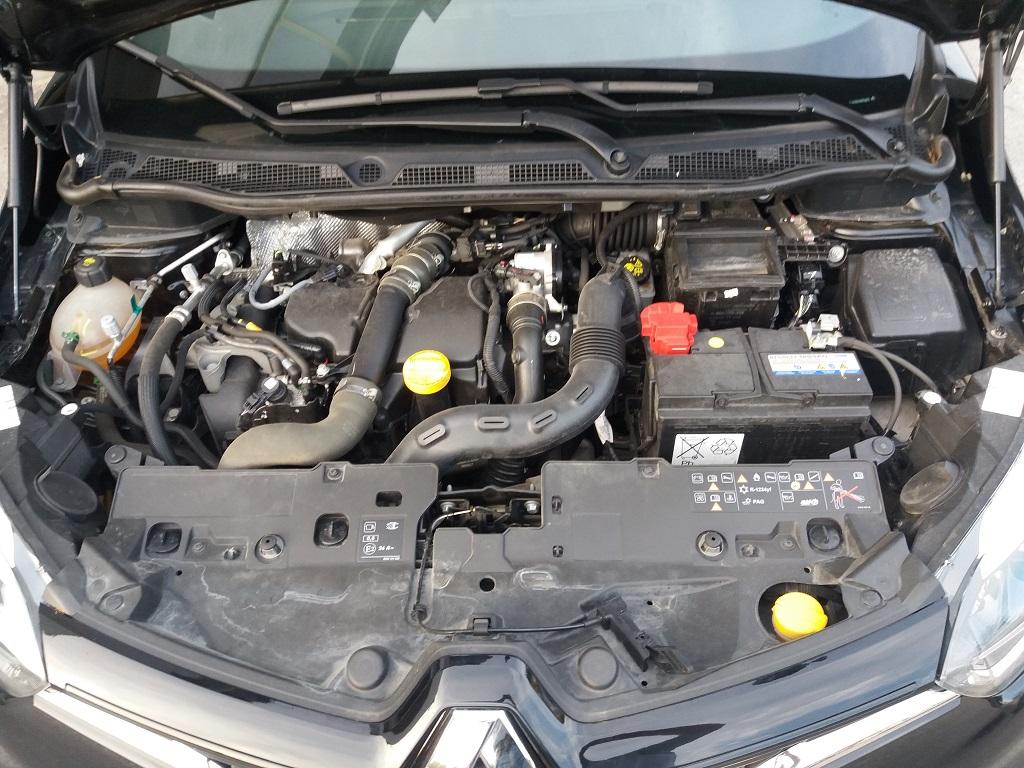 Renault Captur dCi 8v 90 cv S&S ZEN Energy (42)