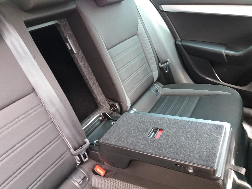 Skoda Octavia 1.0 TSI Wagon Executive (19)