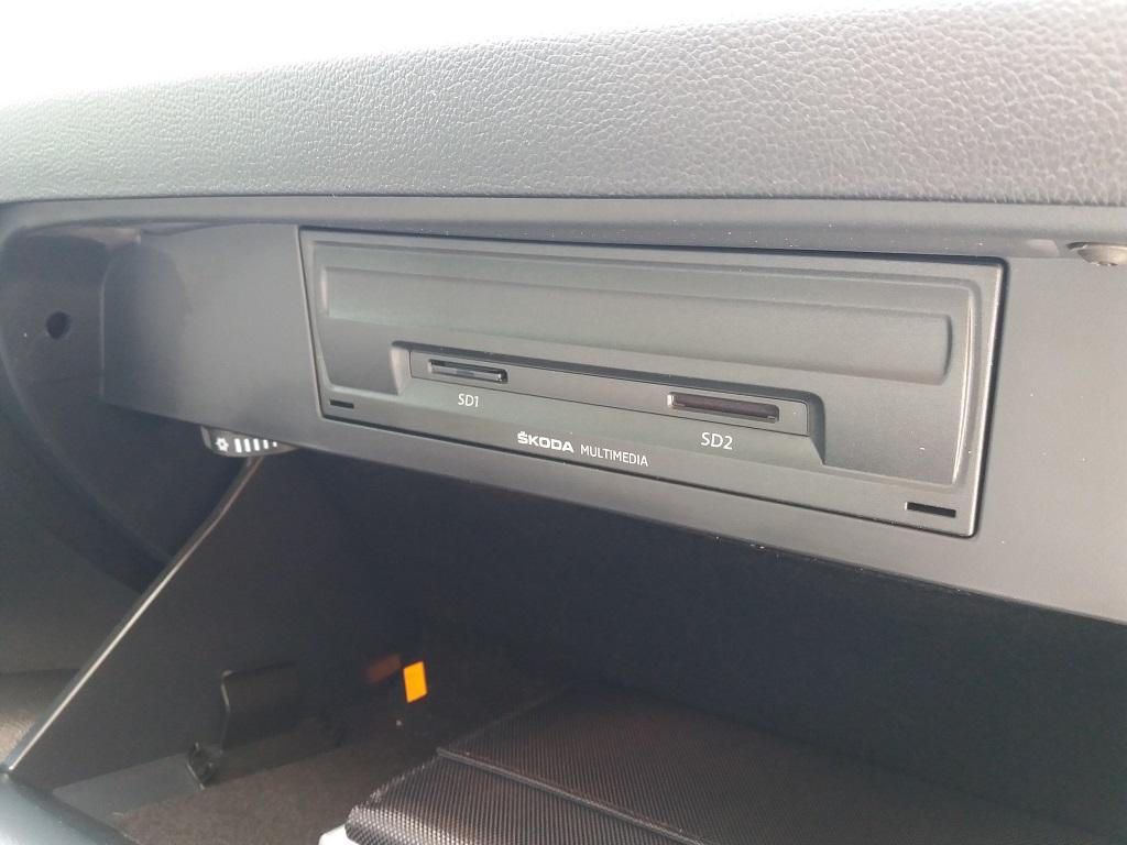 Skoda Octavia 1.0 TSI Wagon Executive (30)