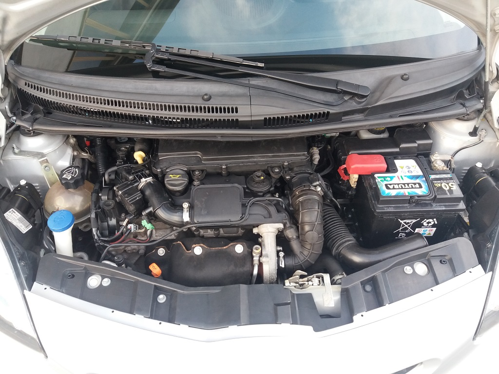 Toyota Aygo 1.4 Turbodiesel 5p Sol (28)