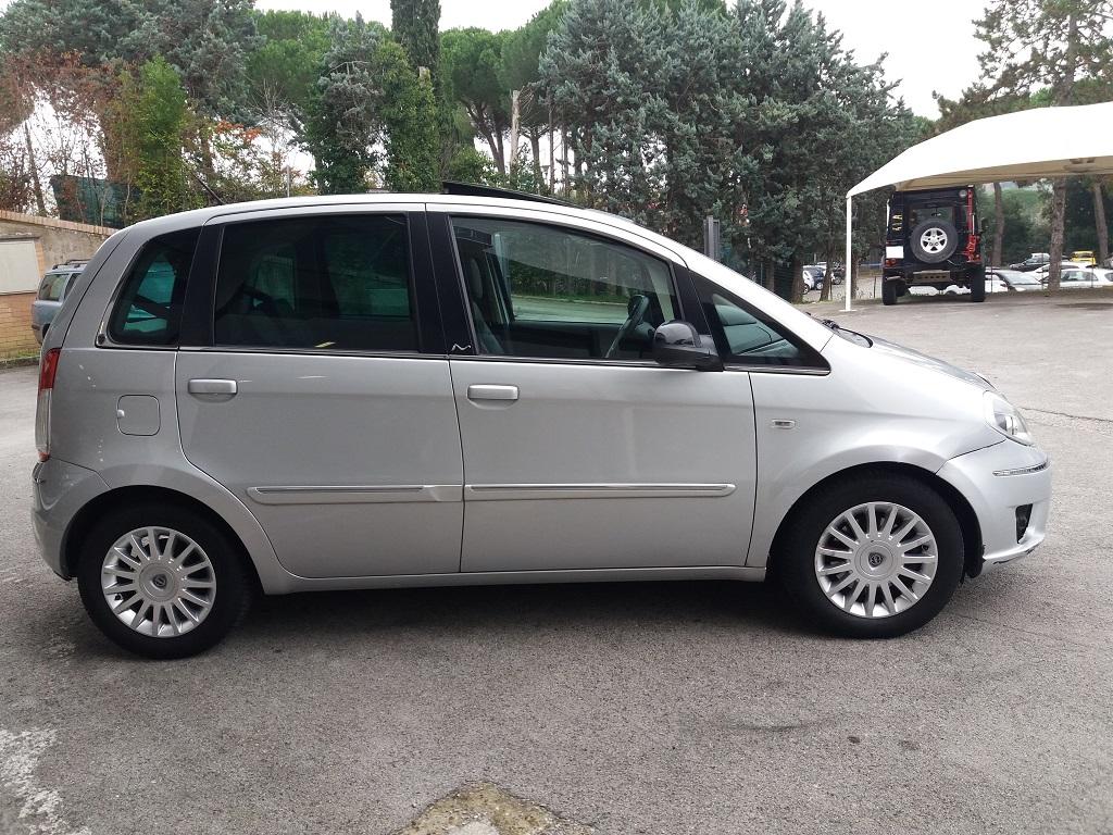 Lancia Musa 1.3 Multijet 95 cv DFN Platinum (6)