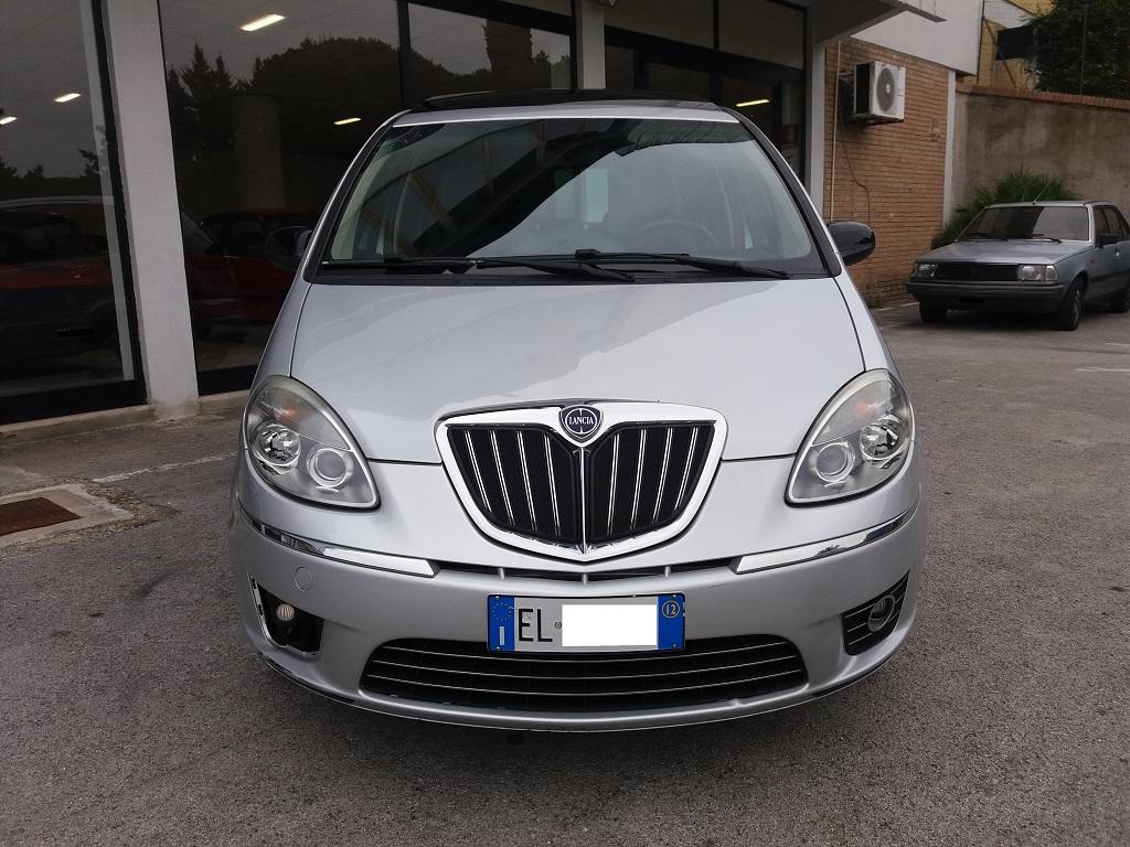 Lancia Musa 1.3 Multijet 95 cv DFN Platinum (8)