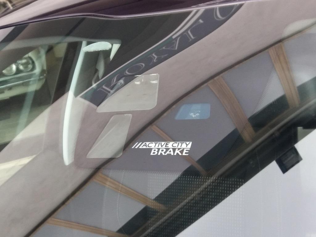 Peugeot 208 BlueHDi 100 5p Allure (38)