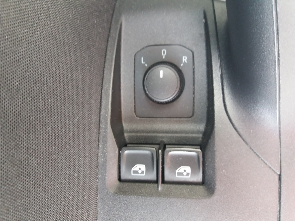 Seat Ibiza 1.0 EcoTSI 95 cv 5p FR (16)