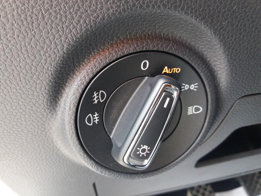 Seat Ibiza 1.0 EcoTSI 95 cv 5p FR (17)