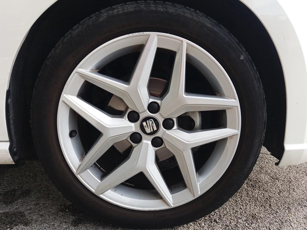 Seat Ibiza 1.0 EcoTSI 95 cv 5p FR (38)