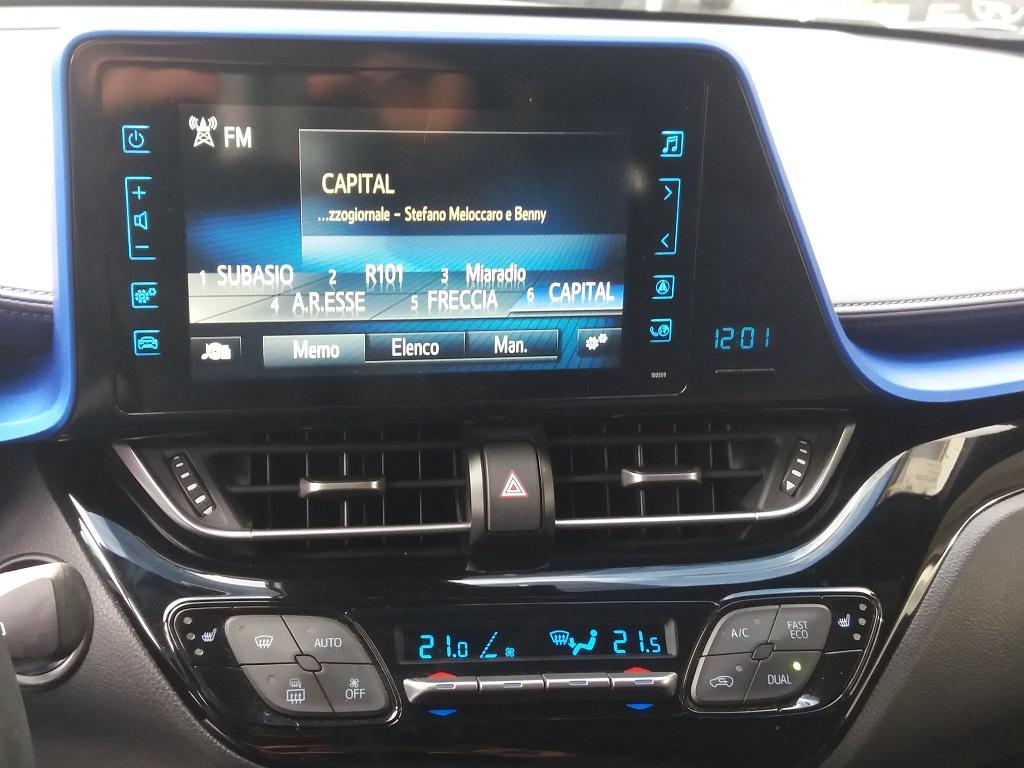 Toyota C-HR 1.8 Hybrid E-CVT Style (11)