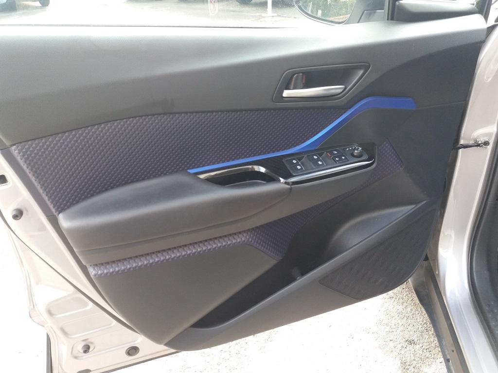 Toyota C-HR 1.8 Hybrid E-CVT Style (14)