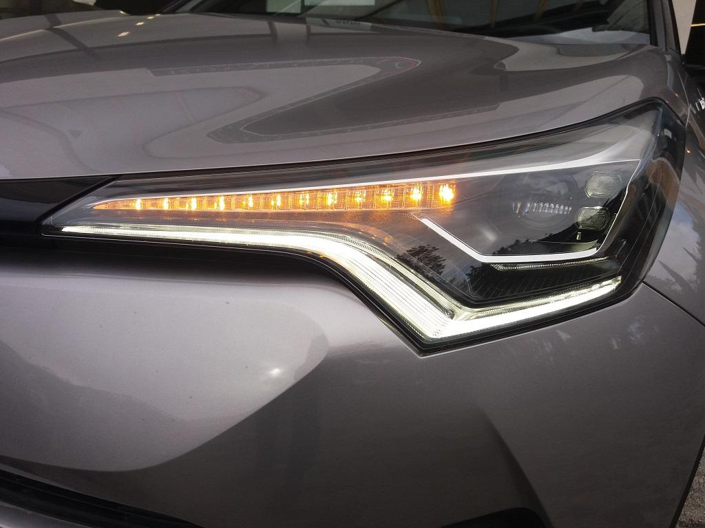 Toyota C-HR 1.8 Hybrid E-CVT Style (41)