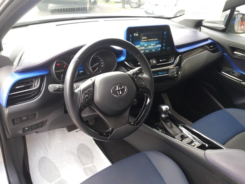 Toyota C-HR 1.8 Hybrid E-CVT Style (9)