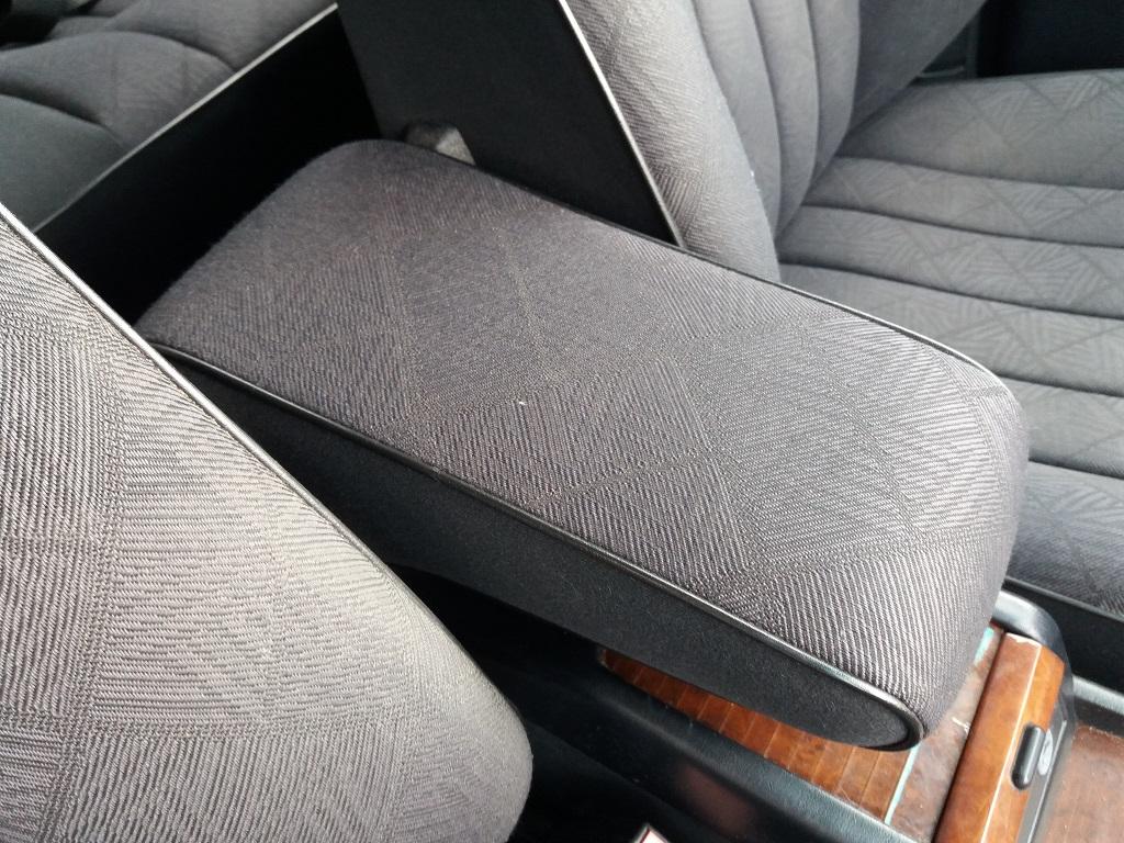 Mercedes-Benz E 200 cat Elegance (W124) (33)