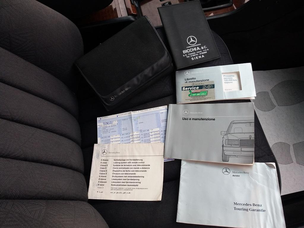 Mercedes-Benz E 200 cat Elegance (W124) (36)