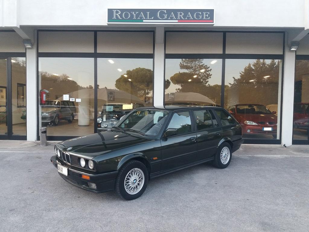 BMW 320i Touring E30 (1)