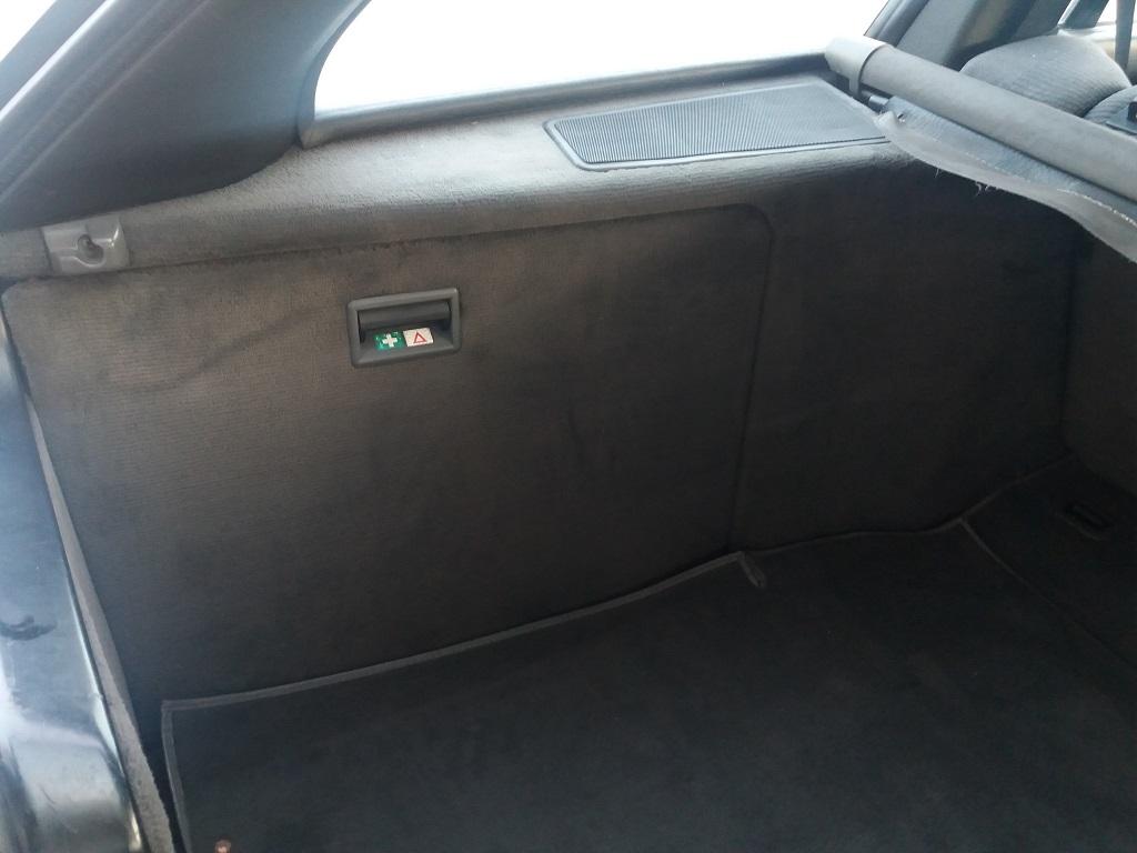 BMW 320i Touring E30 (28)