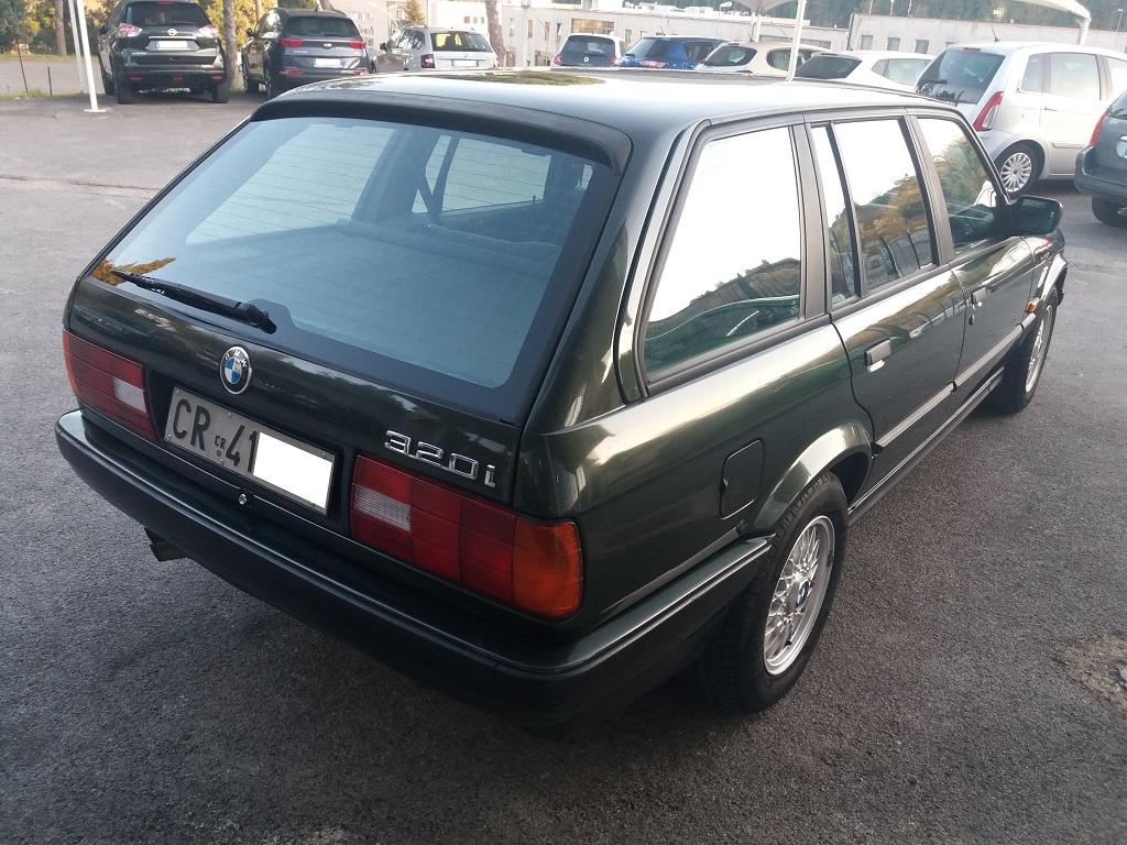 BMW 320i Touring E30 (7)