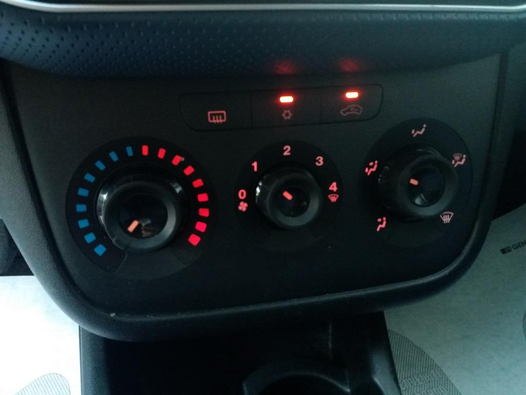 Fiat Punto Evo 1.3 MJT 95 cv DPF 5p S&S Dynamic (28)
