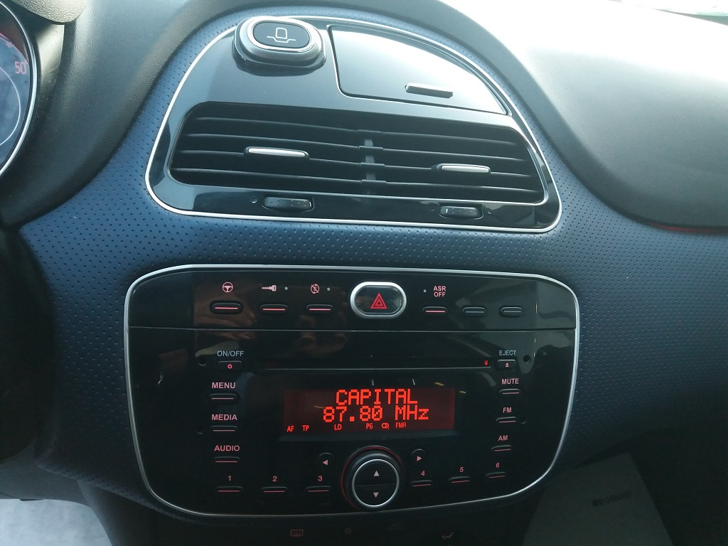 Fiat Punto Evo 1.3 MJT 95 cv DPF 5p S&S Dynamic (29)
