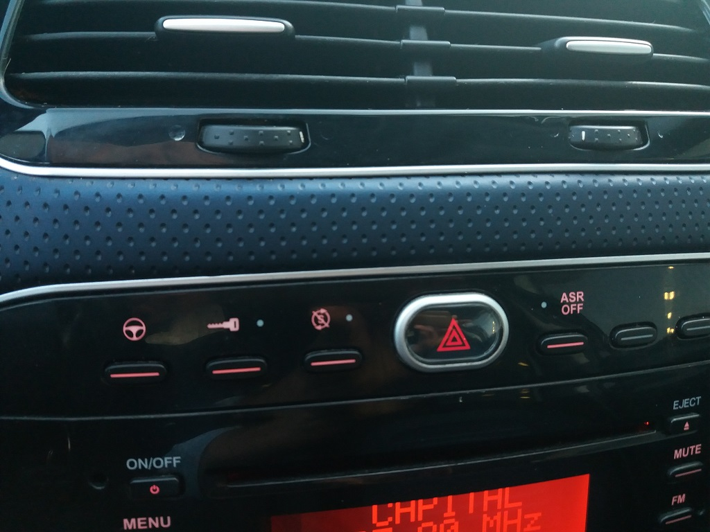 Fiat Punto Evo 1.3 MJT 95 cv DPF 5p S&S Dynamic (36)