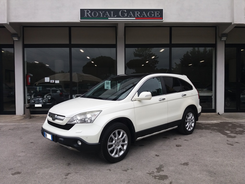 Honda CR-V 2.0 i-VTEC 16v Advance GPL (1)