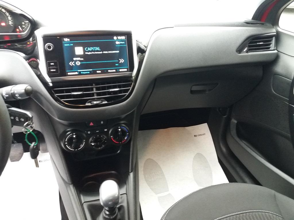 Peugeot 208 BlueHDi 100 S&S 5p Active (10)