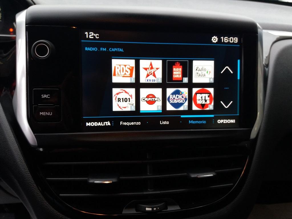 Peugeot 208 BlueHDi 100 S&S 5p Active (11)