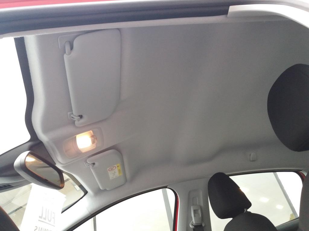 Peugeot 208 BlueHDi 100 S&S 5p Active (23)