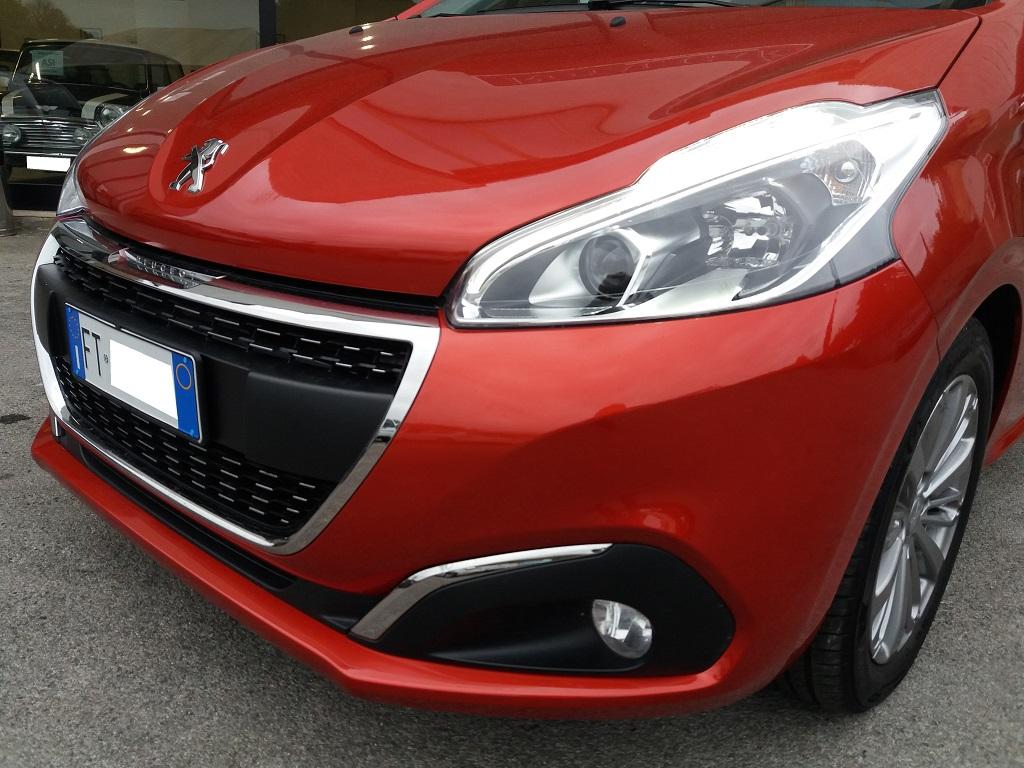 Peugeot 208 BlueHDi 100 S&S 5p Active (36)