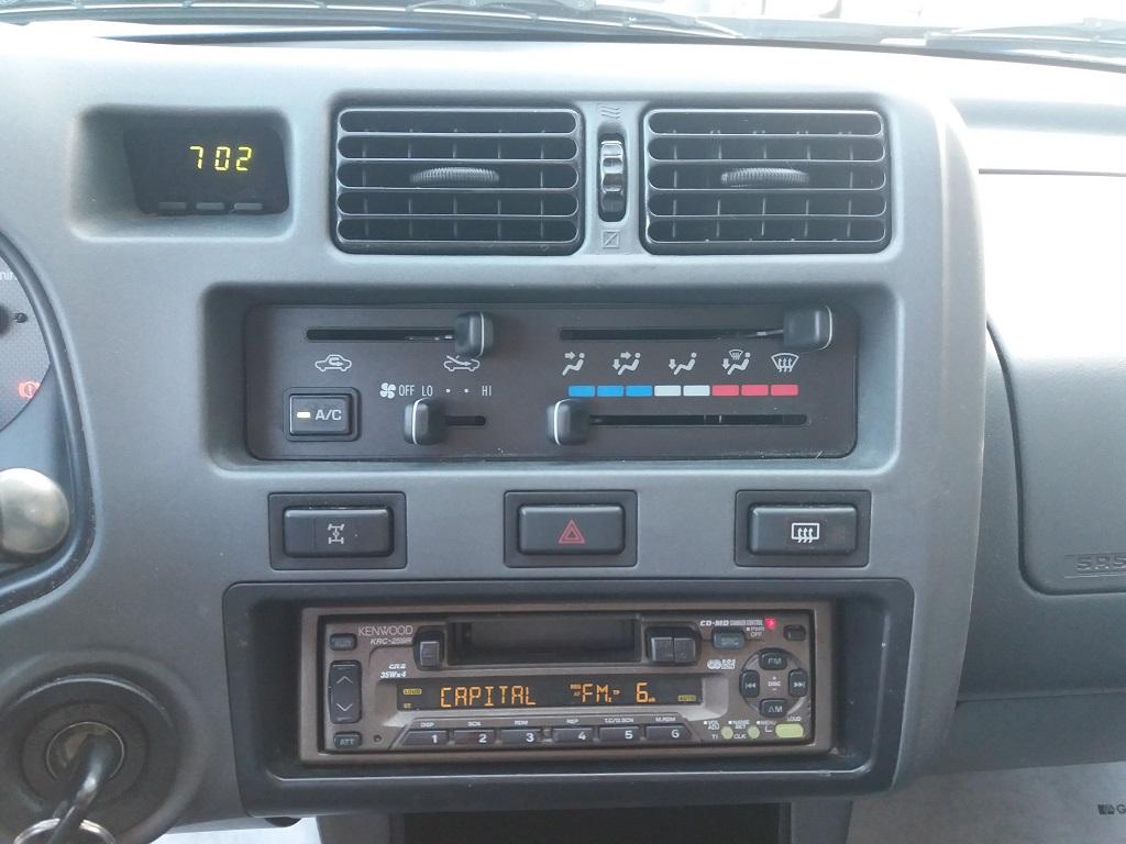 Toyota RAV4 2.0i 16v cat 3p Fun (11)