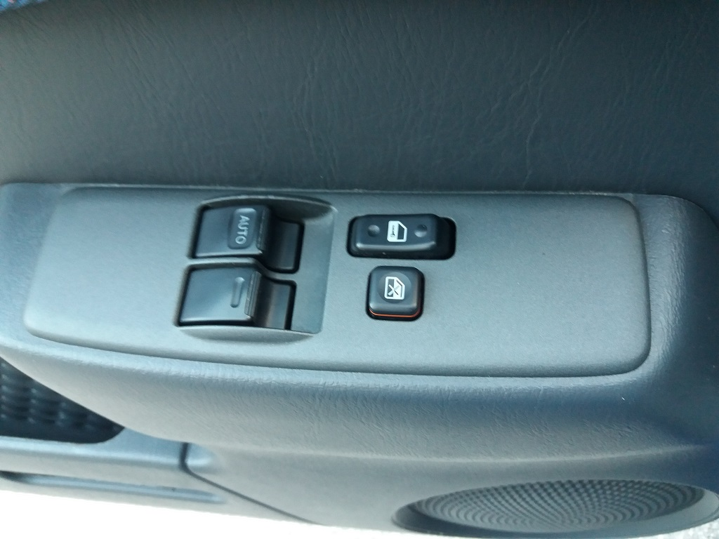 Toyota RAV4 2.0i 16v cat 3p Fun (15)