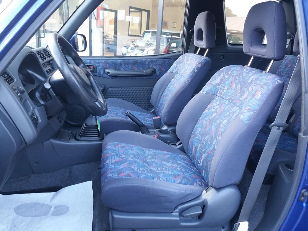 Toyota RAV4 2.0i 16v cat 3p Fun (17)