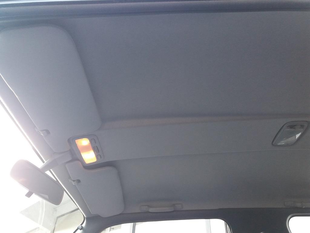 Toyota RAV4 2.0i 16v cat 3p Fun (18)