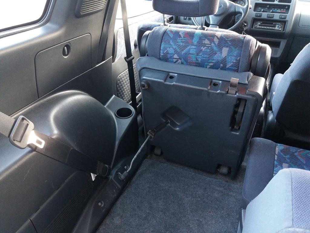 Toyota RAV4 2.0i 16v cat 3p Fun (22)