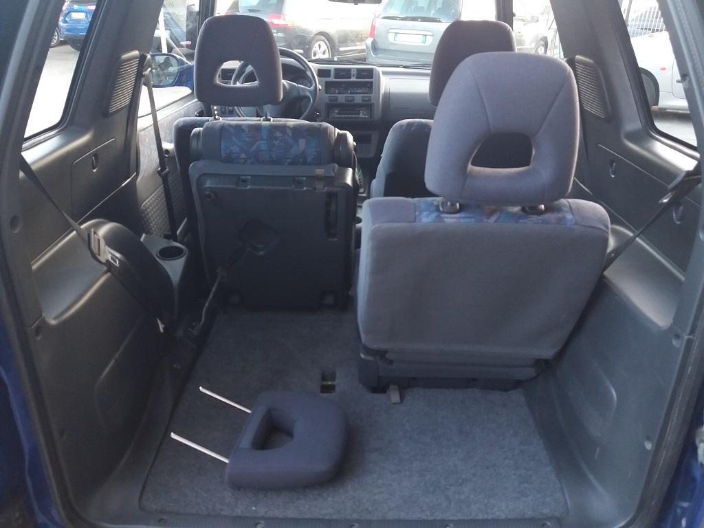 Toyota RAV4 2.0i 16v cat 3p Fun (23)