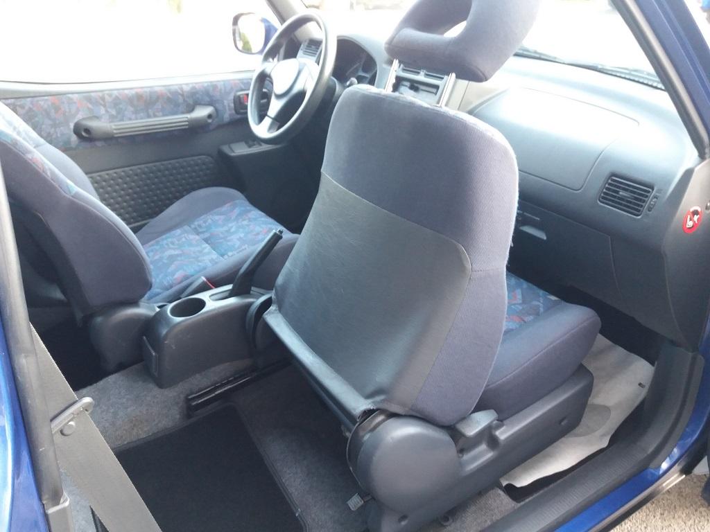 Toyota RAV4 2.0i 16v cat 3p Fun (33)