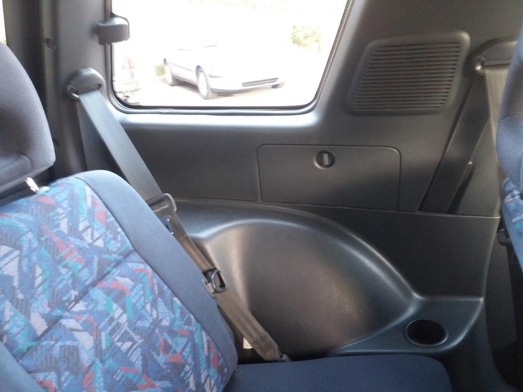 Toyota RAV4 2.0i 16v cat 3p Fun (61)